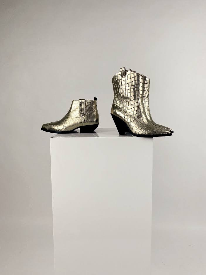Knal het nieuwe jaar in met deze blinkende schoenen!